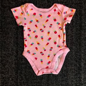 Children's place onesie size 0-3m